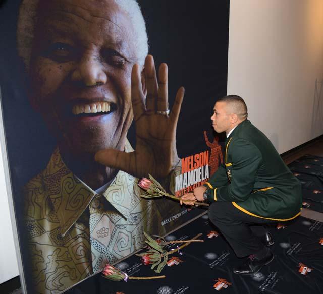 Nelson Mandela, Celebrity Twitter, Tweets, Prayers