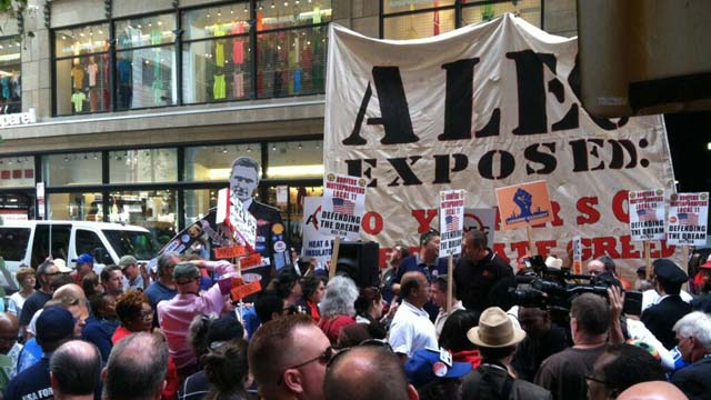 ALEC, American Legislative Exchange Council, protest, twitter, signs, protesters, chicago, august 7, 2013