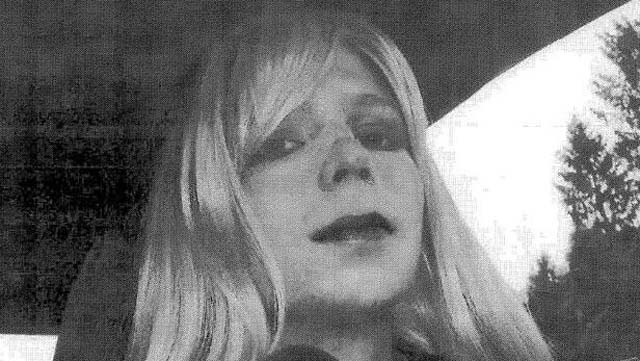 Chelsea Manning Twitter, Bradley Manning Chelsea Manning, Chelsea Manning She Not He, Chelsea Manning Live As A Woman, Chelsea Manning Wikileaks, Chelsea Manning Hormone Jail, Chelsea Manning Prison, Chelsea Manning Bradley Name Change