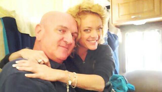 Rabbi Craig Wyckoff Lisa Robin Kelly That 70's Show Star Actress Died Dead Dies Death RIP