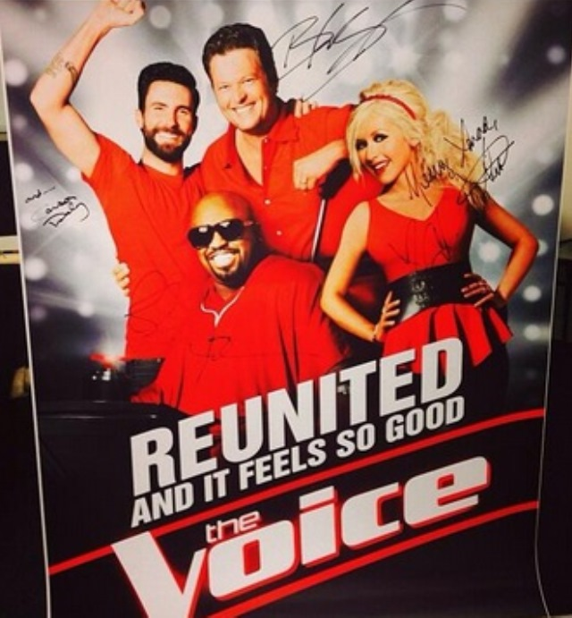 The Voice Premiere Christina Aguilera Video, Voice Premiere Video Christina Aguilera Cee Lo Green, Voice Premiere Adam Levine Video, Voice Premiere Blake Shelton Video