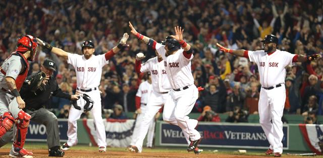 Shane Victorino Hit 2013 World Series Game 6 St. Louis Cardinals Boston Red Sox Fenway Gifs Tweets Videos Pics Photos