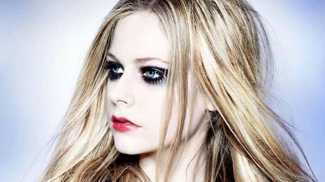 Avril Lavigne on GMA, Avril Lavigne on Good Morning America