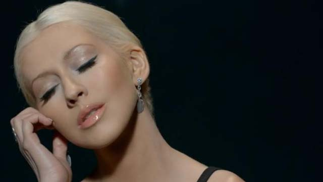 Say Something Music Video Premieres, Christina Aguilera Say Something Video, A Great Big World Say Something, A Great Big World and Christina Aguilera Duet
