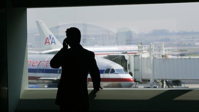 FCC approves in flight calls