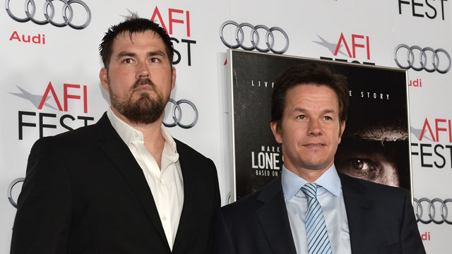 Marcus Luttrell and Mark Wahlberg in lone survivor movie