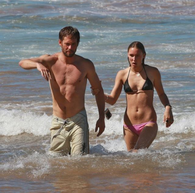 Jasmine Pilchard Gosnell, Paul Walker's Girlfriend, Jasmine Pilchard Gosnell Paul Walker, Jasmine Pilchard Gosnell Photos, Paul Walker Engaged, Paul Walker Ex Girlfriend