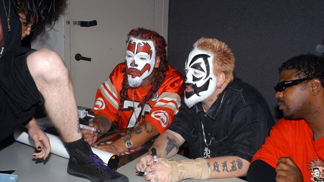 Insane Clown Posse Sues FBI, ICP Lawsuit, Shaggy 2 Dope Violent J ACLU, Insane Clown Posse Suing, Juggalos a Gang.