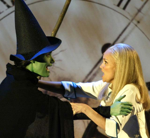 Amy Adams, Defying Gravity, Wicked, Amy Adams singing