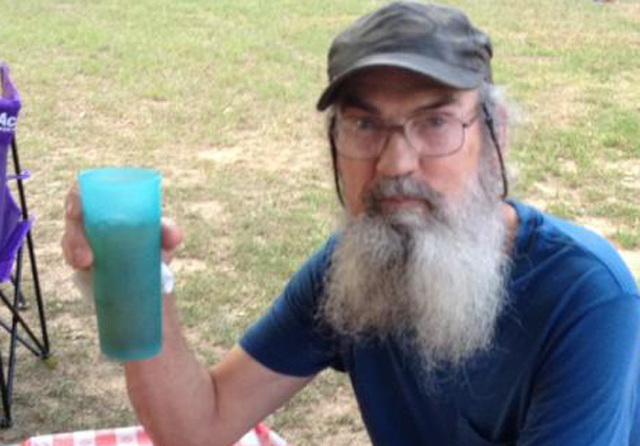 Si cup, Si Robertson cup, Si Duck Dynasty, Si Vietnam, Si episode