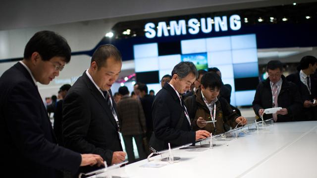 waterproof smartphones, samsung galaxy s5 rumors, waterproof phone, samsung galaxy s5 features, samsung galaxy s5 waterproof