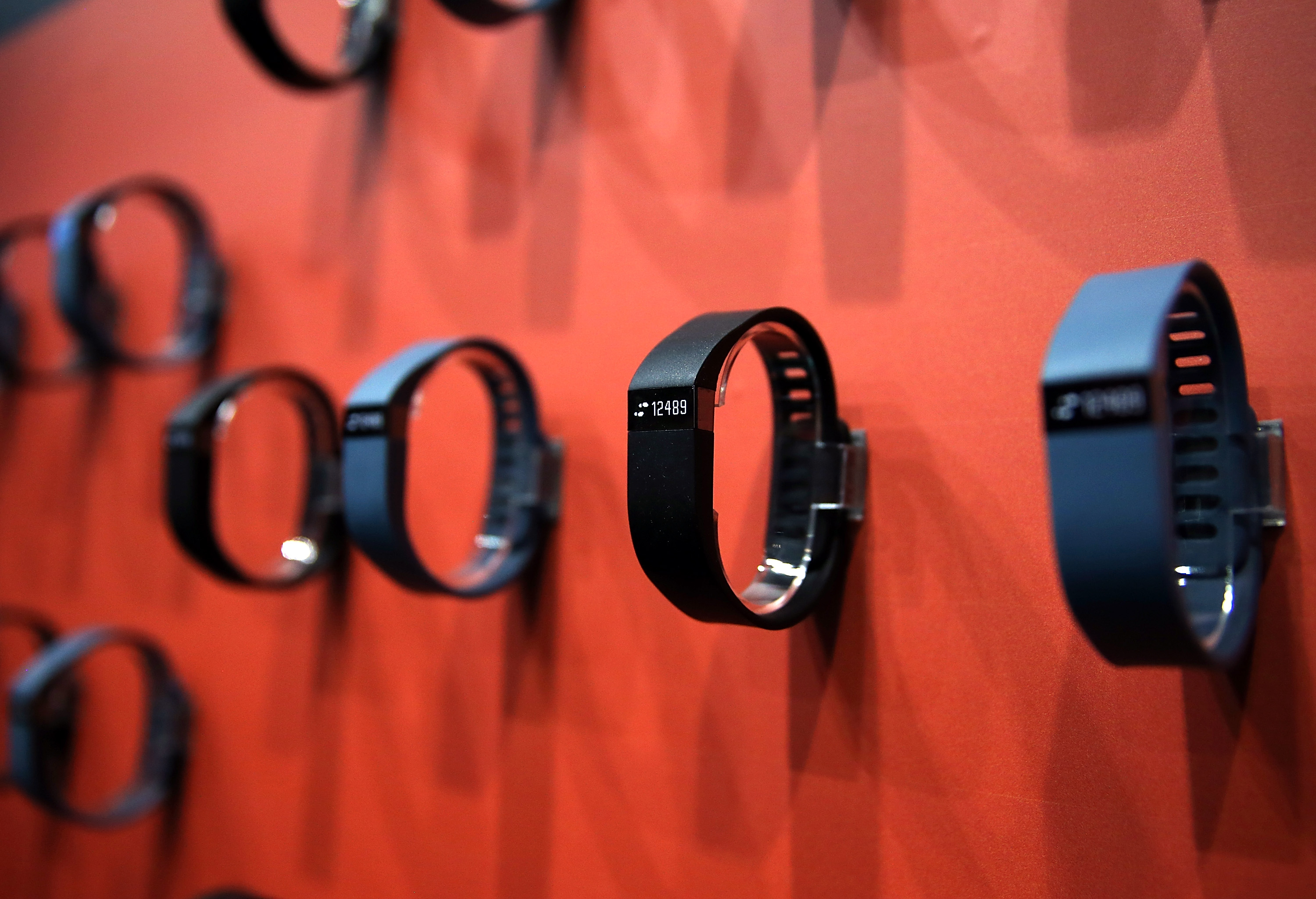 Fitbit's Digifit already takes users' heart rate and monitors distance and calories, which makes Apple fans wonder what the newest Healthbook will do different. (Getty)