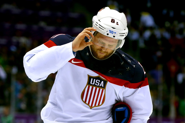 Hockey, Sports, Sochi Olympics, Team USA vs. Team Canada, Phil Kessel