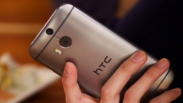 htc vs apple, new htc one vs iPhone, htc one m8, htc one m8 comparison, new htc one vs iPhone 5s, iPhone vs android comparison, new HTC One, HTC One 2014, htc one 2014 release date, all new htc one, new htc one price, new htc one specs, new htc one features, whats the best smartphone 2014, smartphone comparison
