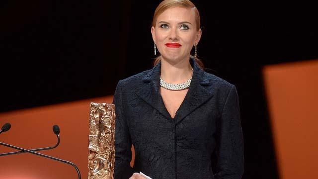 Scarlett Johansson Pregnant Pregnancy Romain Dauriac