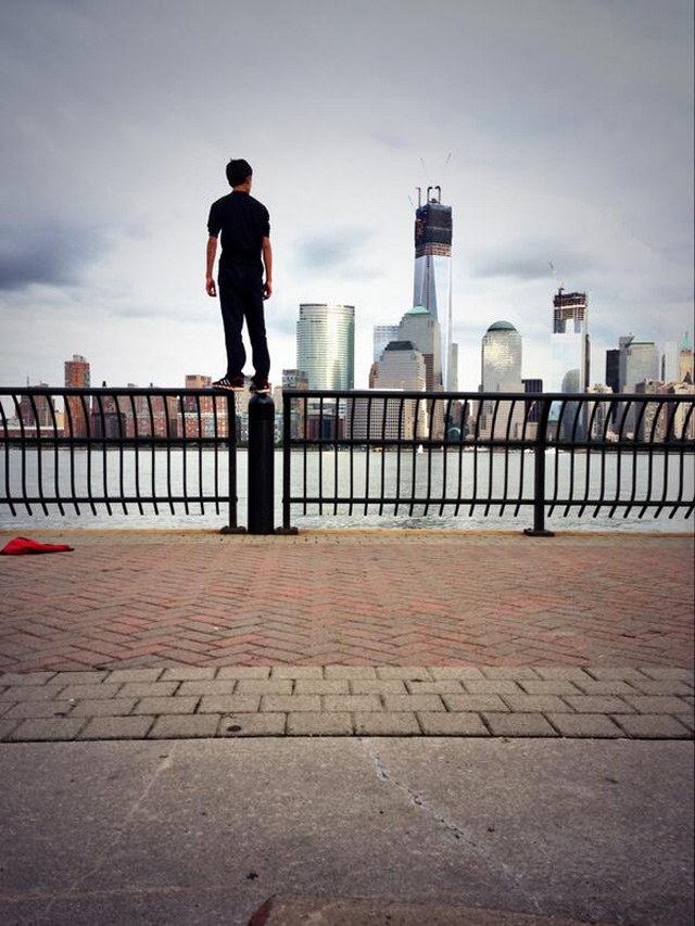 justin casquejo, teen climbs world trade center, on the railing