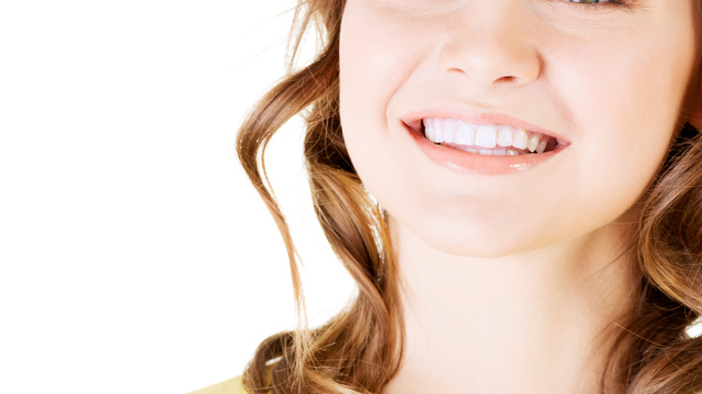 oil pulling whiter teeth