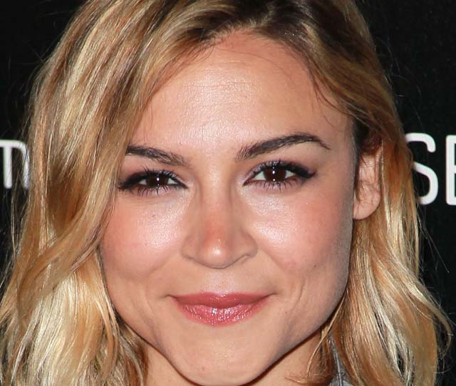 Samaire Armstrong, resurrection, Samaire Armstrong resurrection, Samaire Armstrong rehab, Samaire Armstrong boyfriend, Samaire Armstrong dating, Samaire Armstrong married