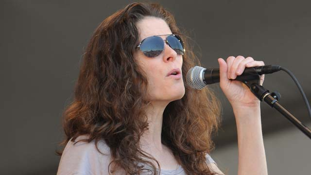 Edie Brickell pictured in 2011. (Getty)