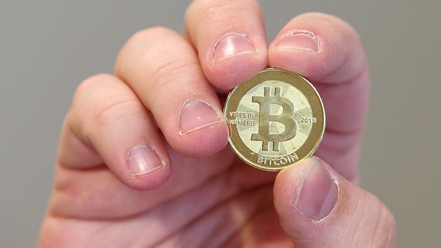 Bitcoin vs. LiteCoin, bitcoin vs. Unobtanium, bitcoin vs. 42 Coin, LiteCoin, Unobtanium, 42 Coin, best virtual currency, best cryptocurrency, most secure cryptocurrency, best virtual currency investment, best cryptocurrency investment, bitcoin alternatives, bitcoin comparison