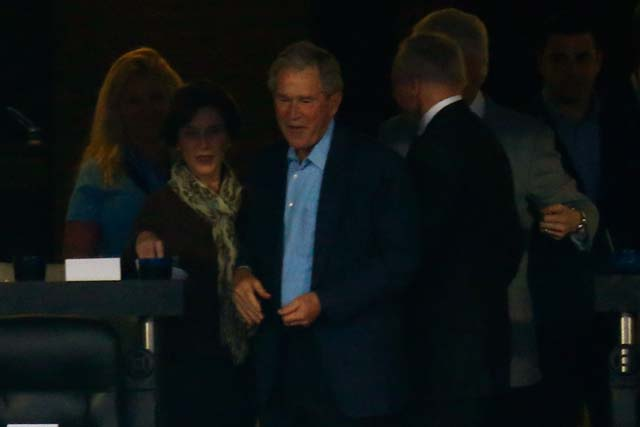 George W. Bush AT&T Stadium Jerry Jones