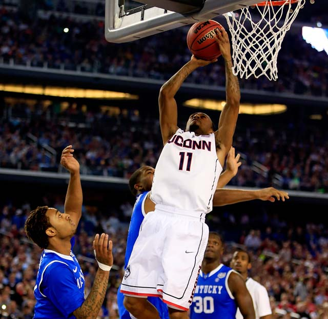 DeAndre Daniels Dunk NCAA Championship Game