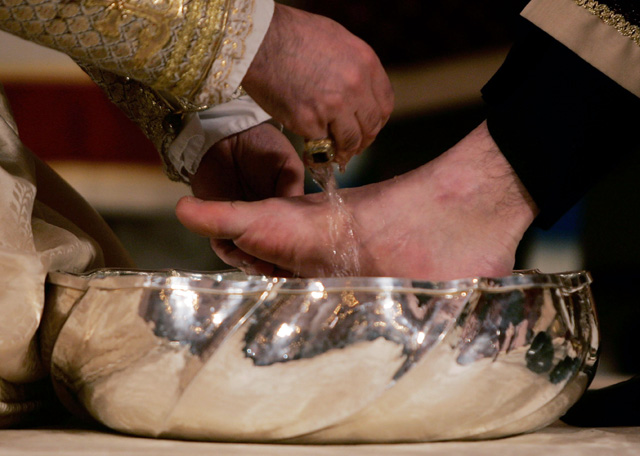 holy thursday, last supper, washing of feet