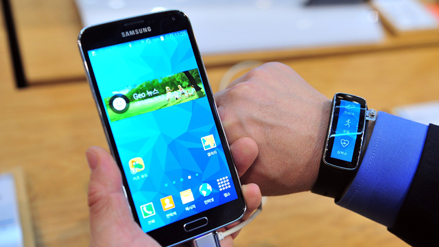 samsung galaxy s5, graduation gifts, best smartphones