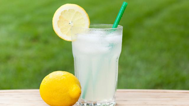 lemon vinegar water