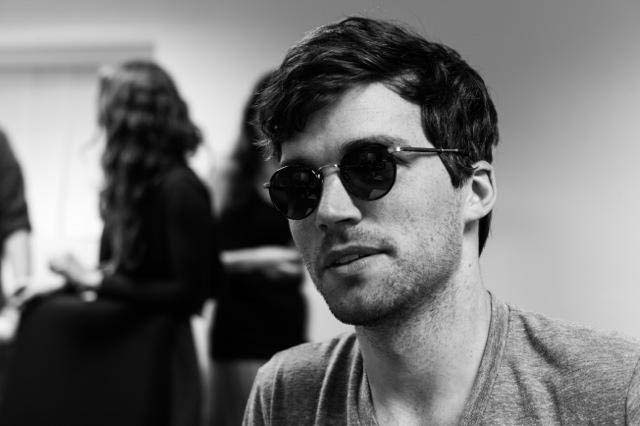 Ian harding, ian harding girlfriend, ezra girlfriend