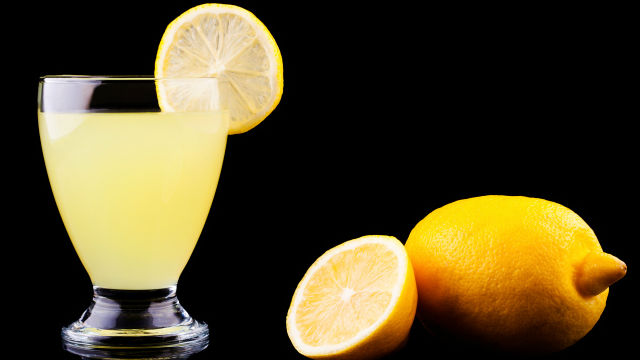 Lemonade Diet Recipe For The Cayenne Maple Syrup Cleanse Heavy Com