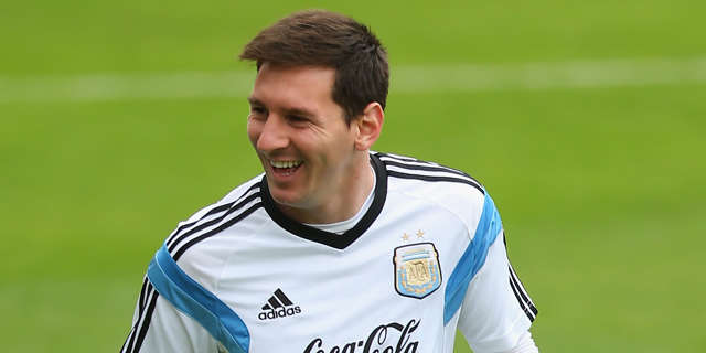 Lionel Messi, World Cup, FIFA, Argentina, Barcelona, best player in world, football, soccer, champion, top scorer, injury
