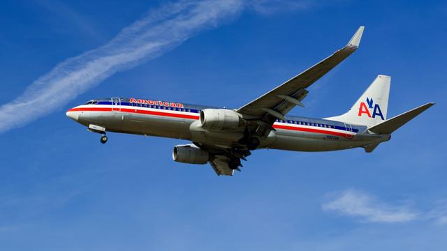 Woman dies on Hawaii plane