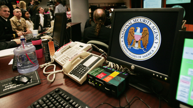 usb, usb security, cyber attack, badusb, badUBS malware, cybersecurity, usb security flaw, usb vulnerability, black hat, Karsten Nohl, Jakob Lell