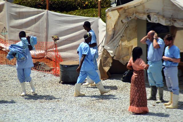 Sierra Leone Cheif Ebola Doctor Contracts Ebola