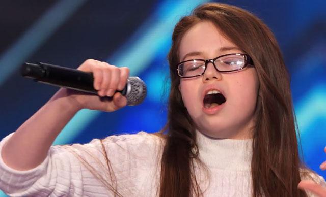 singing picture, mara justine singing