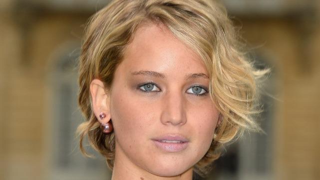 Jennifer Lawrence Dating Chris Martin, Chris Martin Dating Jennifer Lawrence, Jennifer Lawrence Boyfriend, Chris Martin Girlfriend, Gwyneth Paltrow Divorce