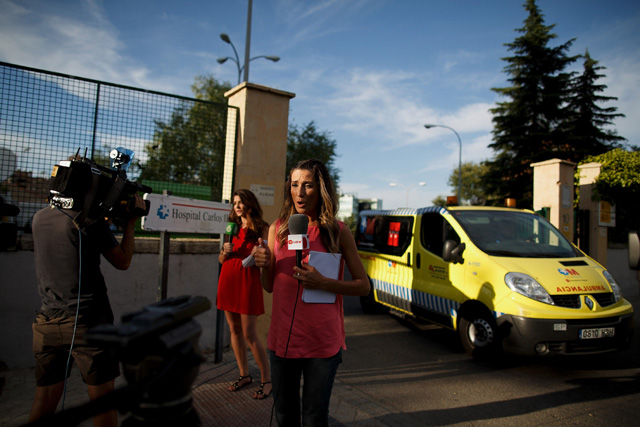 Miguel Pajares Spanish Priest Transported to Spain After Contracting Ebola Liberia