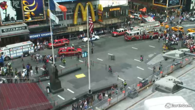 (EarthCam/Live Times Square Cam)