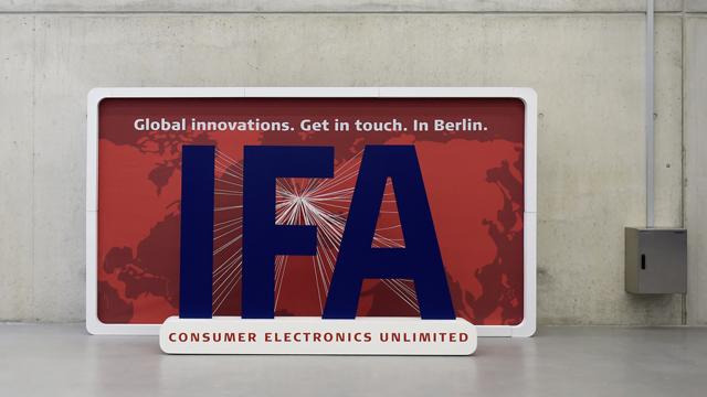 berlin ifa, ifa, ifa technology fair, Internationale Funk Ausstellung, berlin IFA 2014, motorola, berlin ifa phones, berlin ifa features, ifa photos, ifa images, ifa 2014 photos, samsung, sony, miss IFA