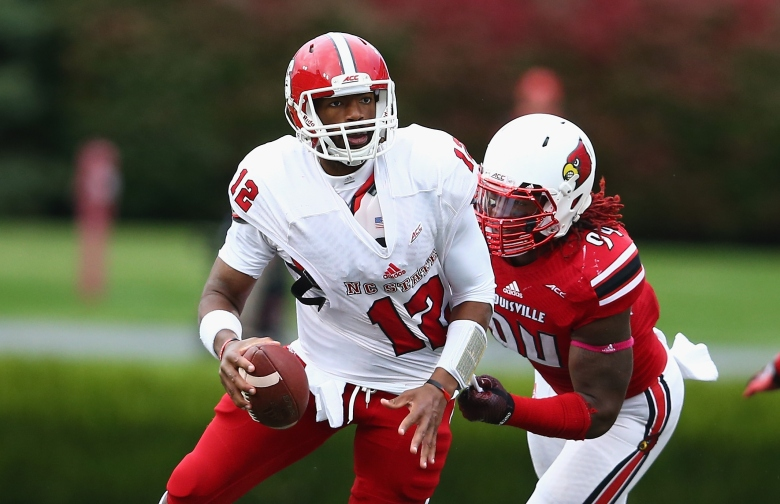 Lorenzo Mauldin leads Louisville's defense with 6 sacks and 11.5 tackles for loss. (GETTY)