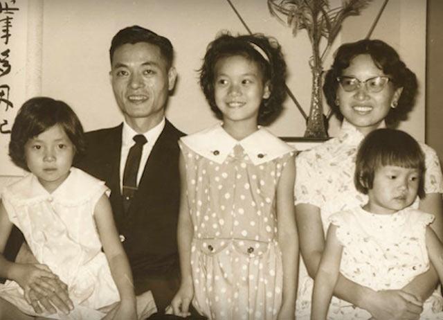 Elaine Chao, Elaine Chao childhood, Elaine Chao family