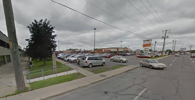 The soldiers were hit at this strip mall. (Google Street View)
