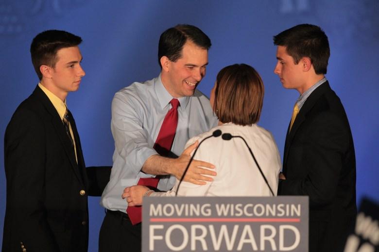 Scott Walker, Tonette Walker, Wisconsin governor