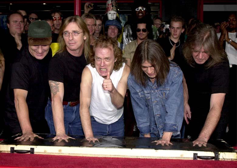 Phil Rudd in AC/DC