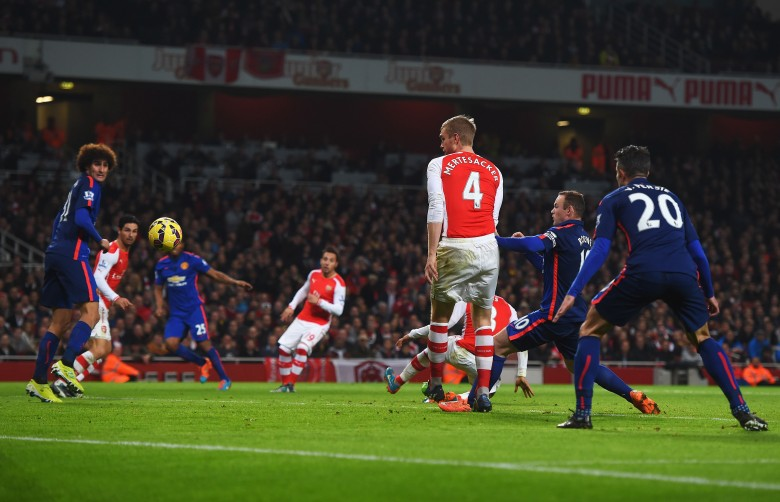 Keiran Gibbs own goal, Arsenal vs. Manchester United