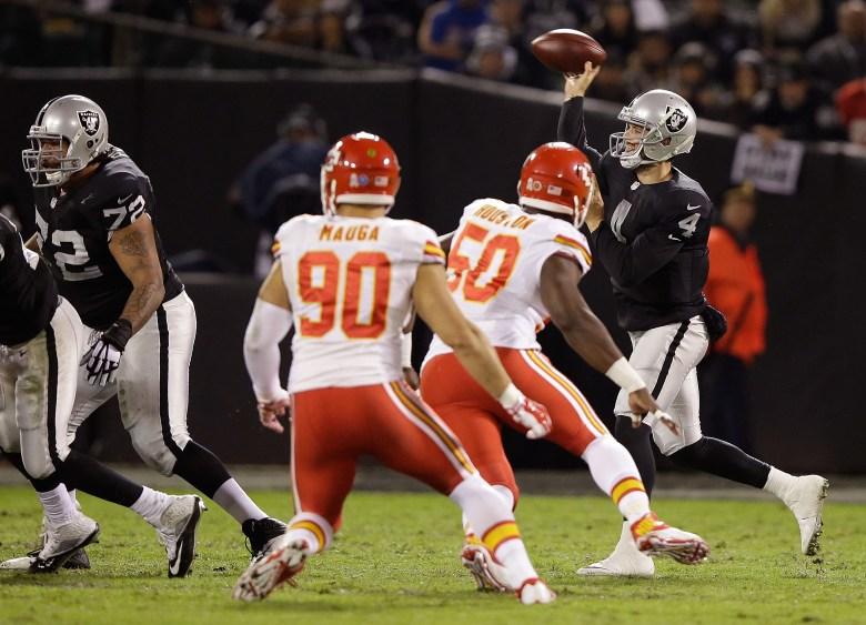 Raiders vs. Chiefs, Derek Carr