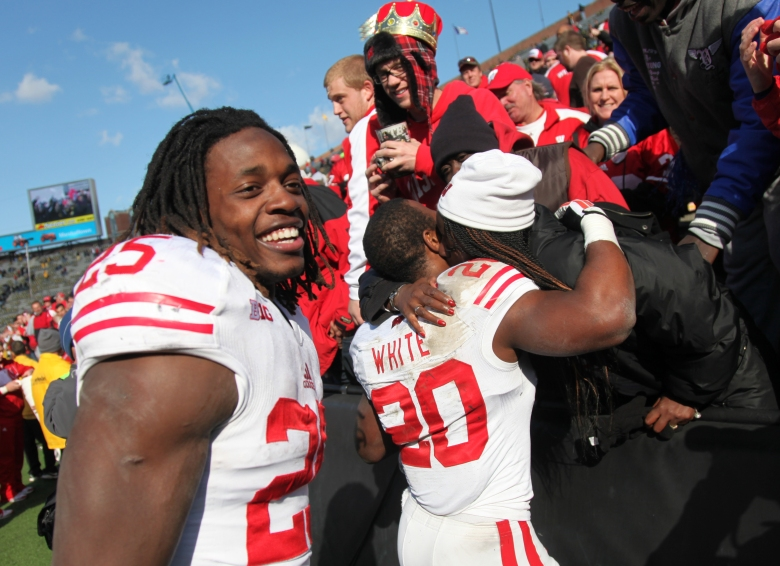 Wisconsin's Melvin Gordon (left) leads the nation in rushing with 2,336 yards. (Getty)