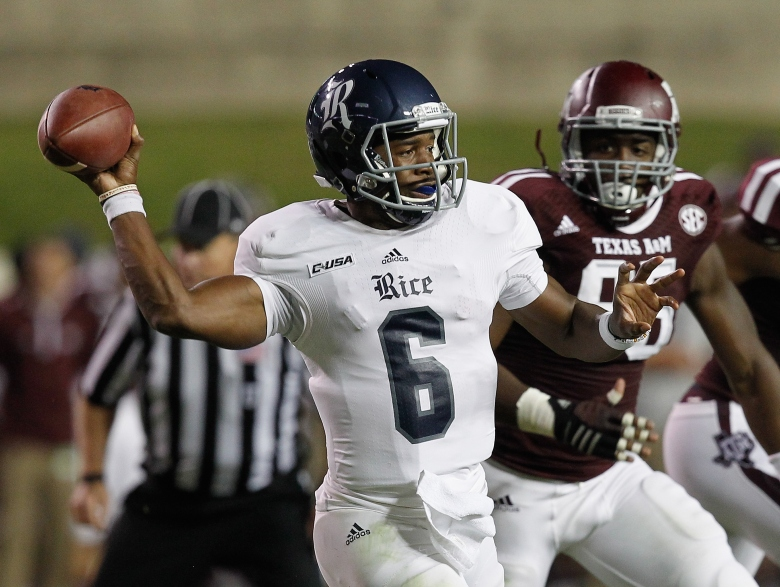Rice quarterback Driphus Jackson has thrown for 6 touchdowns over the past 2 games. (Getty)