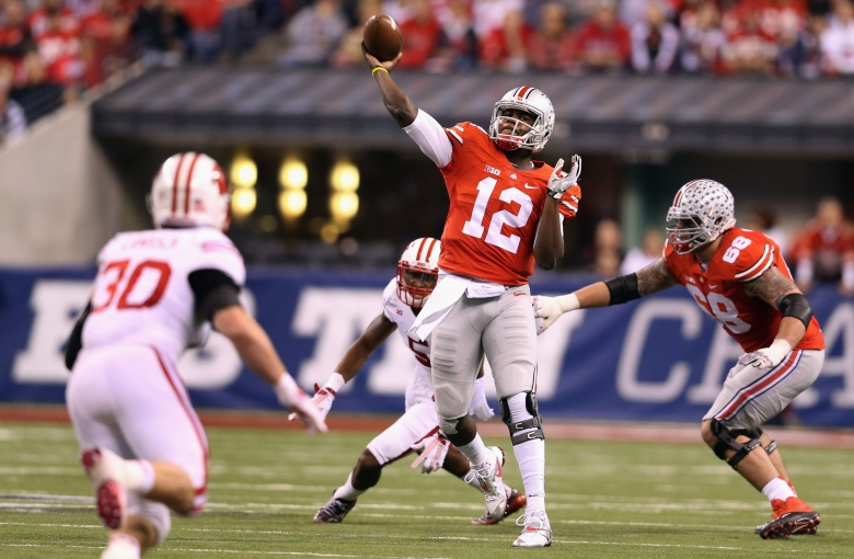 Cardale Jones threw 3 touchdowns in his only start for Ohio State. (Getty)